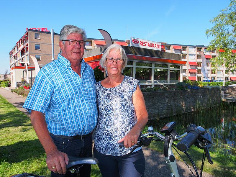 Piet en Ans Kromkamp hebben Wolvega op de fietskaart gezet.
