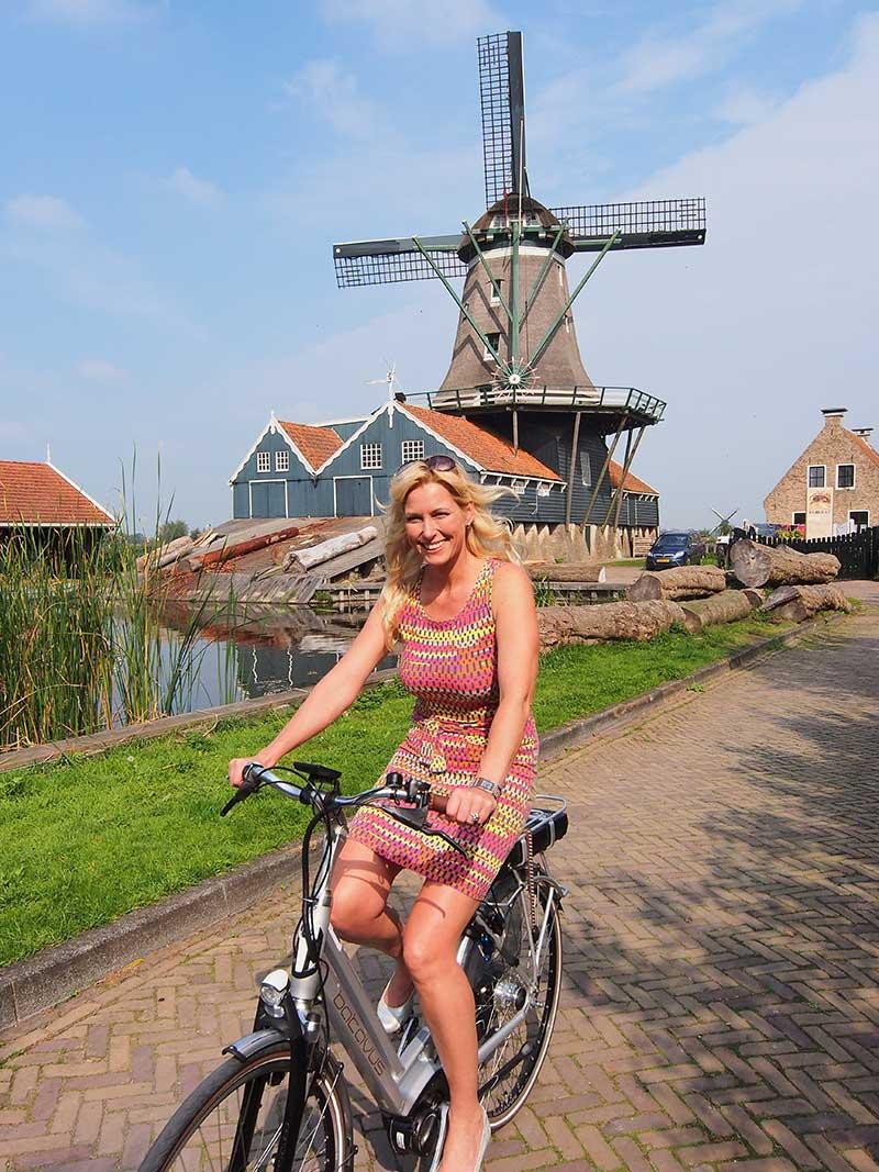 Mooier kan niet! Foto: www.batavustesten.nl (Monument: houtzaagmolen De Rat, IJlst).