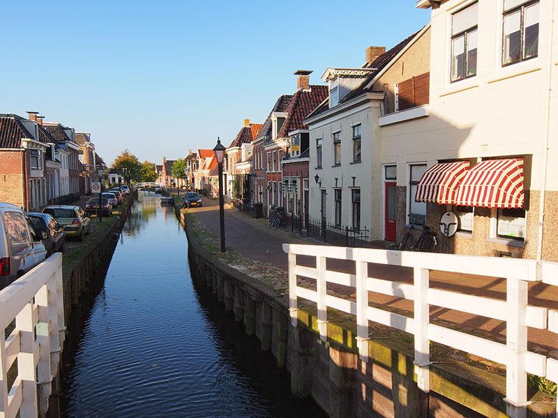 Kollum was vroeger een voornaam handelsstadje tussen Groningen en Leeuwarden, direct verbonden met de zee, net als Dokkum.