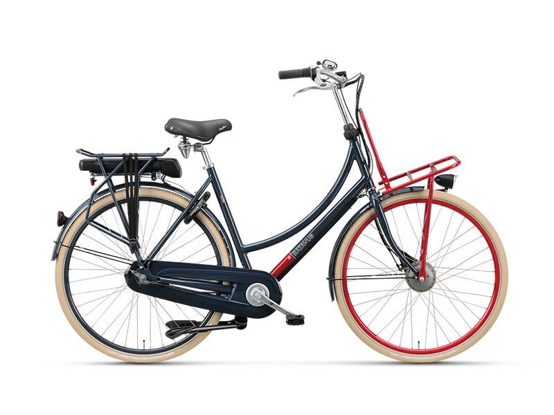 Doorgaans trappen transportfietsen loodzwaar. Deze Batavus CNCTD E-go niet: hij biedt uitgekiende trapondersteuning. Er zijn twee accucapaciteiten leverbaar, dat wil zeggen er ook een batterij leverbaar voor het overbruggen van lange afstanden. € 1.449,-. Lees ook: http://www.friesnieuws.nl/rubrieken/evenementen/1482-friese-transportfiets-maakt-kans-op-titel-e-bike-van-het-jaar-2016