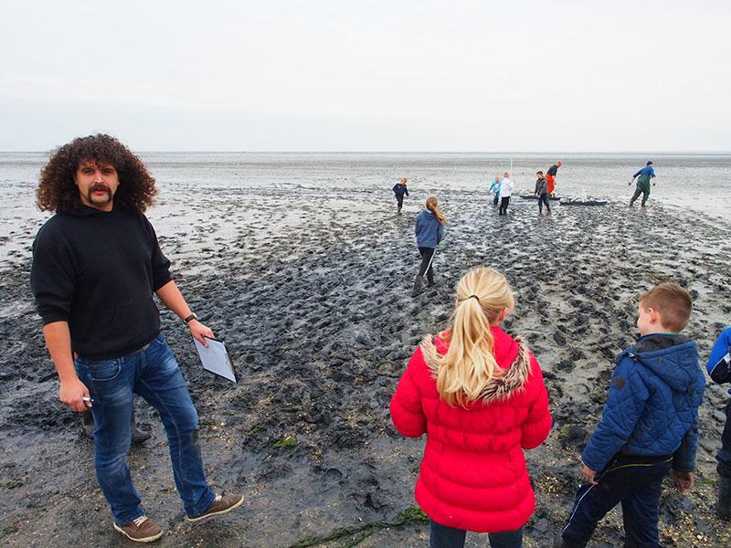 Jacob Bosma van museum 't Fiskerhúske wil met evenementen als 'slykslydzje' het museumbezoek een extra dimensie geven.