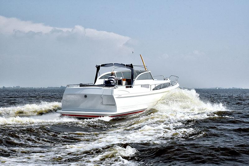 De Hofstra Alu 13.50 kan 40 km per uur.