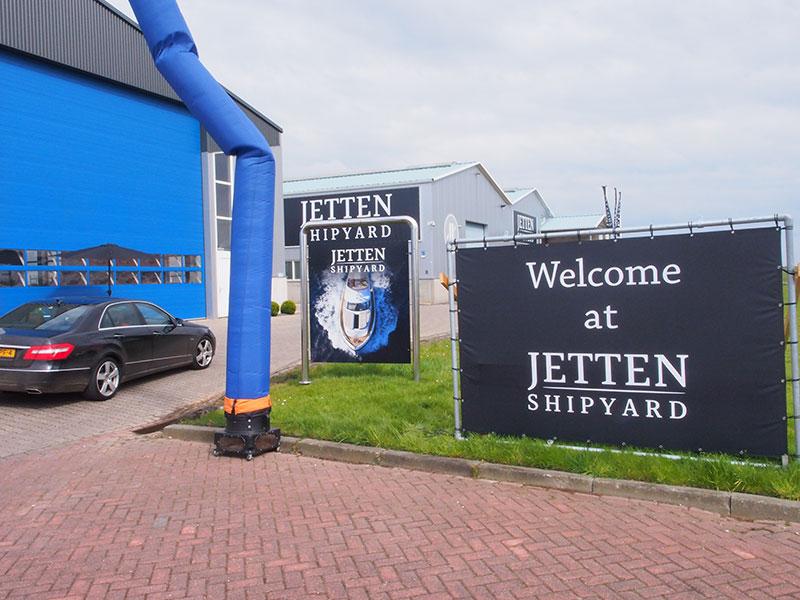 Een impressie van de show bij Jetten.