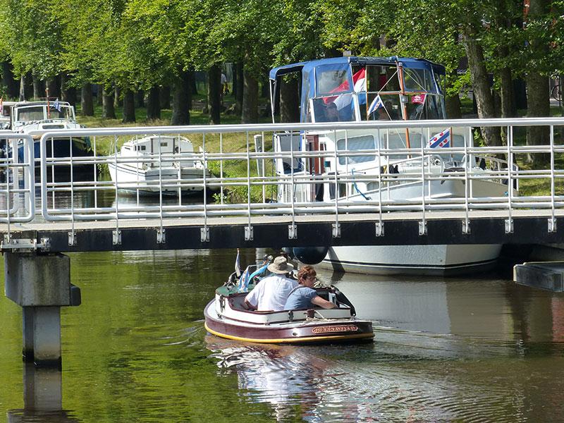 Turfroute: voor kleine en grote boten.