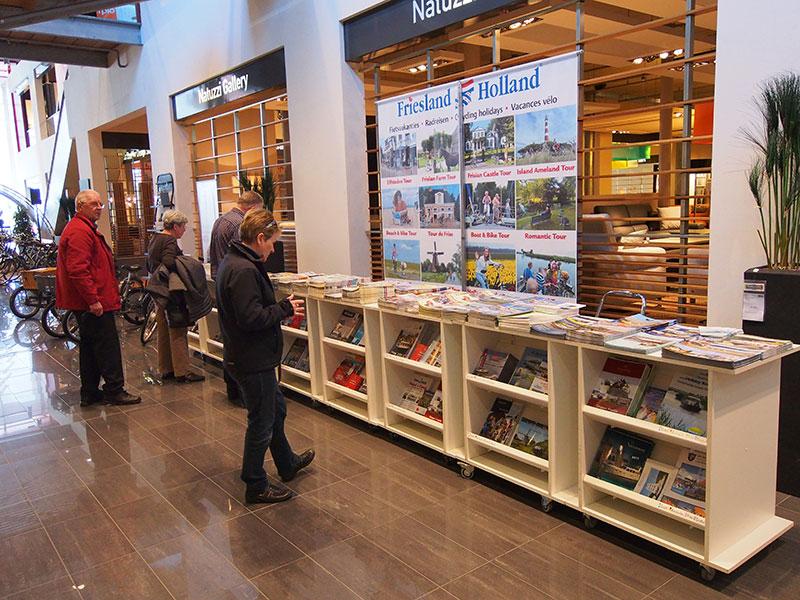 Het bureau voor toerisme van Fryslân, Friesland Holland, was een van de standhouders op de eerste Holland E-bike Show.