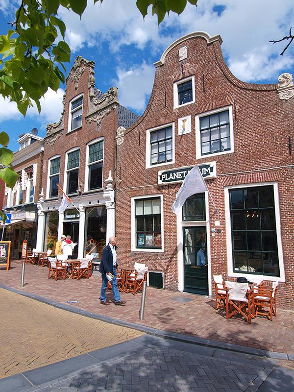 Friesland heeft al twee werelderfgoederen in huis: het Wouda stoomgemaal in Lemmer en de Waddenzee. Het Planetarium wordt misschien nummer drie.