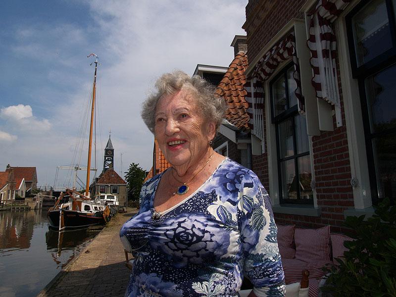 Een eeuw oud: mevrouw Loek Braakhekke.