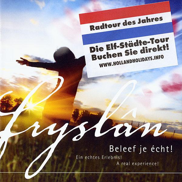 """Albert Hendriks heeft de drietalige (Nederlands, Duits en Engels) brochures van de provincie, waarop 'Fryslân' en niet 'Friesland' staat en ook niet 'Nederland' of 'Holland', voorzien van een Holland-look. """"In Duitsland hebben ze geen idee wat Fryslân is. Een voormalige Sovjet republiek?"""""""