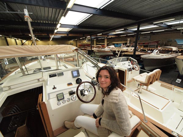 Grietje Zijlstra van Haven Resort Heeg is de vrouw achter Bootboulevard Heeg.