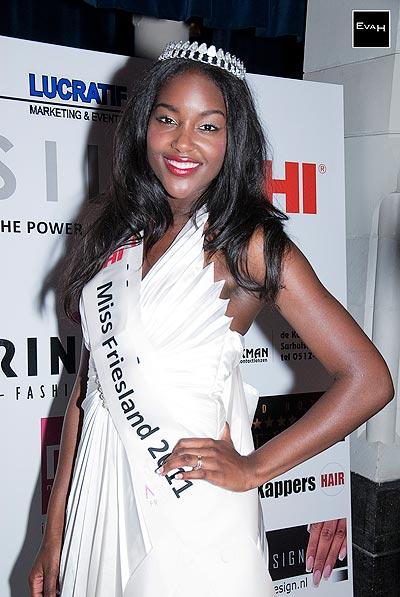 Een beauty: Miss Friesland 2011, Mary-Anne Kammeron.