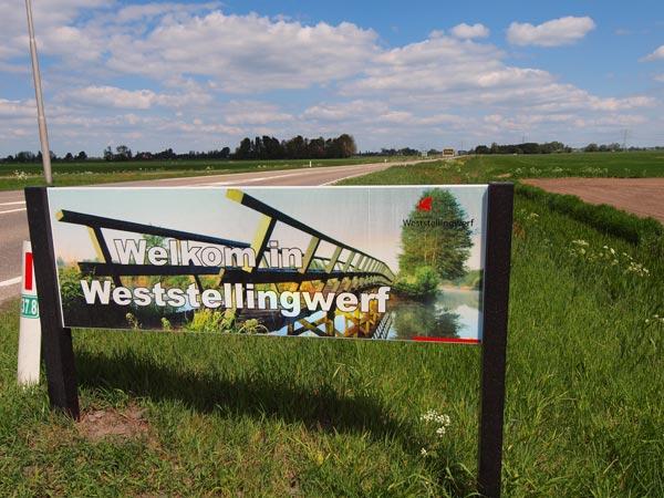 In Het Bildt (Oudebildtzijl) en Weststellingwerf (Slijkenburg) kunnen ze wel wat toerisme gebruiken.