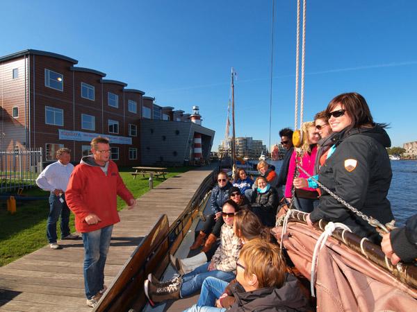 Stayokay Sneek is de eerste aanbieder van arrangementen voor scholen via Holland School Travel.