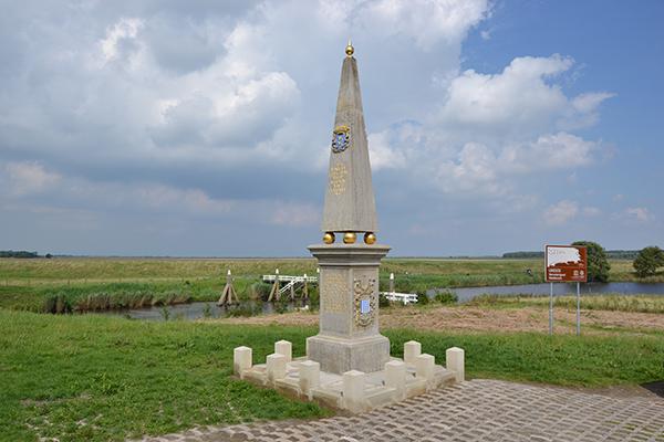 Telecom-provider T-mobile zou slecht presteren in Noordoost Friesland, zoals hier in Dokkumer Nieuwezijlen, aan de grens met Groningen, één van de entrees van UNESCO Werelderfgoed Waddenzee.
