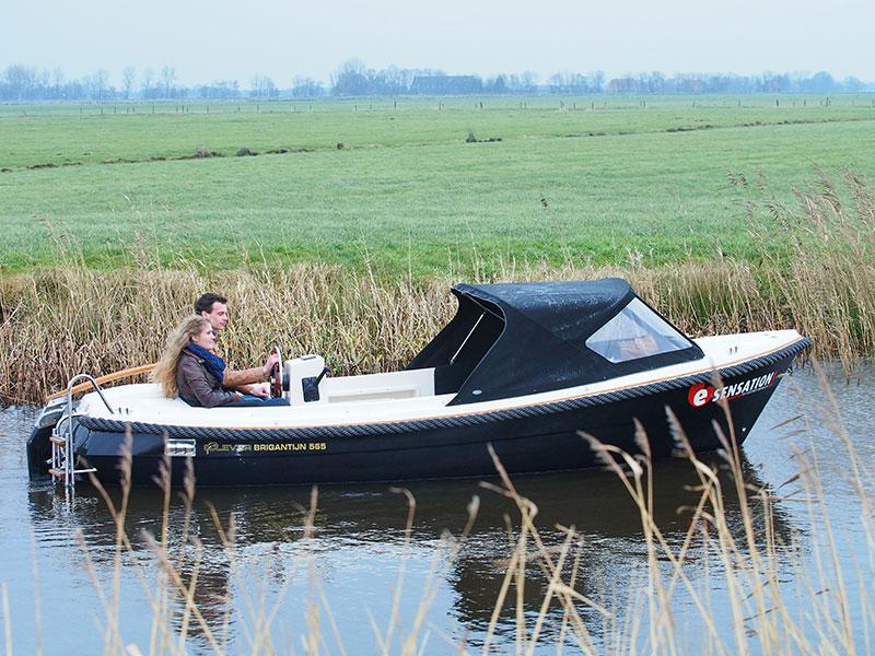 Nieuwste Generatie Elektrische Sloepen En Jachten In Saksenhal Boot Holland Toeristisch Fries Nieuws