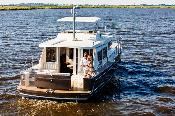 Andante, made by Aquanaut Yachting Holland Sneek.