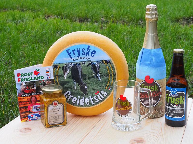 Fryske Greidetsiis in goed gezelschap van andere Friese streekproducten.