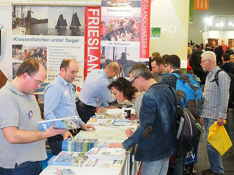 Een impressie van de Friese deelname aan de Didacta in Köln en de omgeving van de stand.