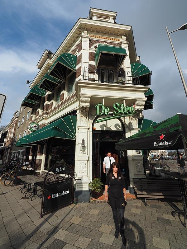 Café De Stee.
