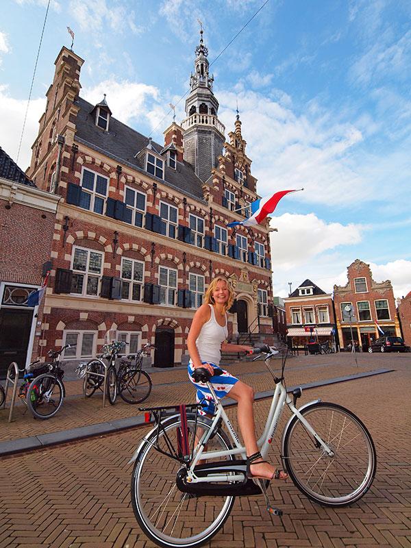 Moet je gezien hebben, vindt toerist en musicus Maaike Boonstra: het stadhuis van Franeker dat tussen 1591 en 1594 werd gebouwd. Het staat in de Top 100 van de Rijksdienst voor de Monumentenzorg.