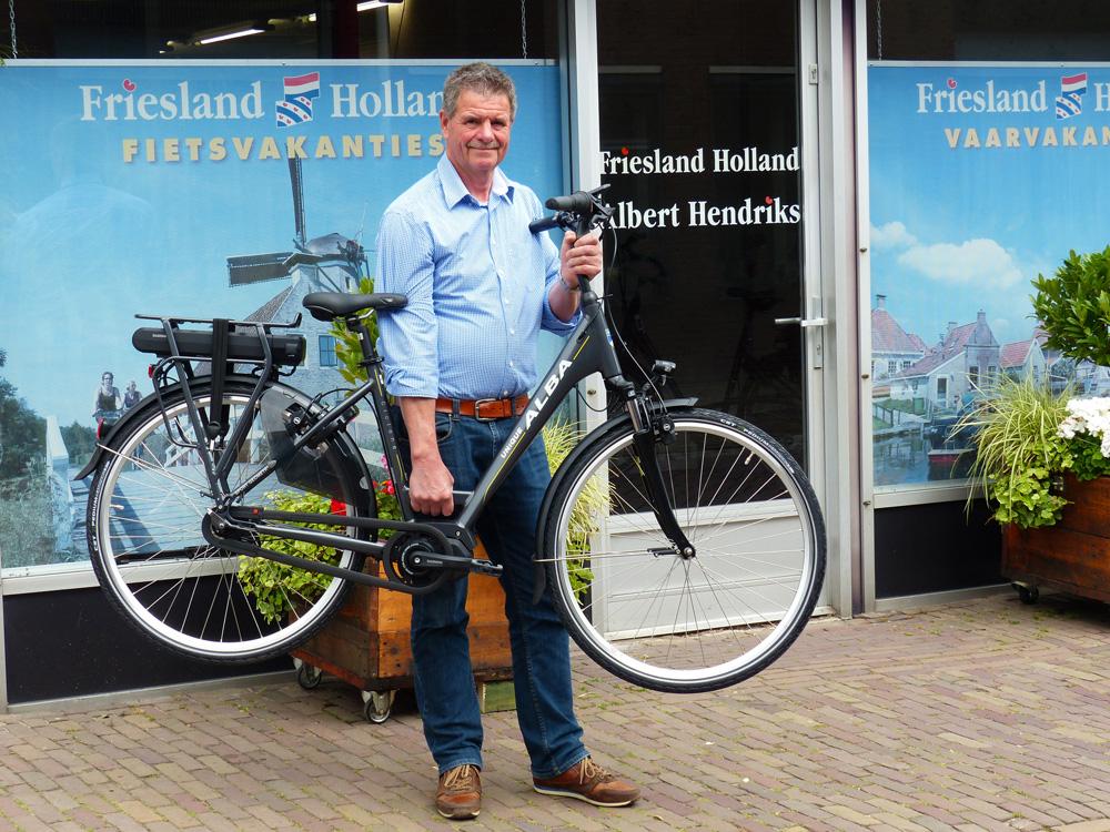 Lichte E Bike : Fries bureau voor toerisme introduceert light & strong e bike met